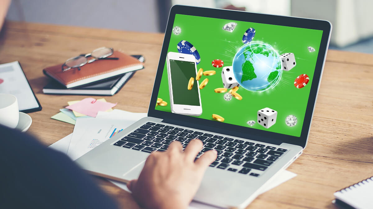 Online Gambling – Know About Bonuses And Rewards!